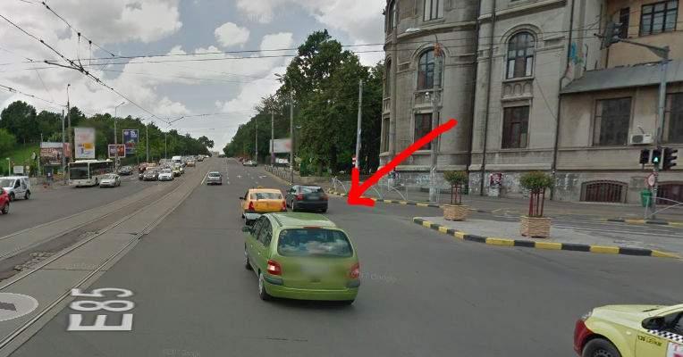 Un şofer ardelean semnalizează din 2012 stânga pe Şincai, dar nu-l lasă nimeni să se bage
