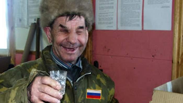 Ce obuze neexplodate? Un ţăran a găsit într-un şanţ nişte soldaţi ruşi încă beţi din Al Doilea Război Mondial