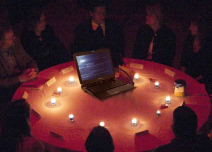 Paranormal! Un spiritist susţine că poate vorbi cu oamenii care şi-au dezactivat contul de Facebook