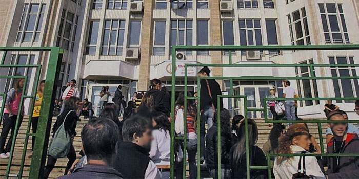 În timpul percheziției la Spiru Haret un procuror DIICOT s-a trezit absolvent a 4 facultăți
