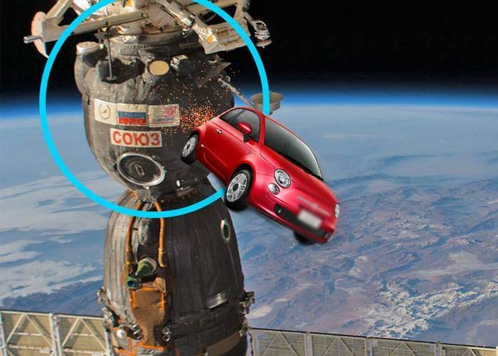 """NASA: """"Avaria la staţia spaţială, provocată de o femeie care încerca să parcheze cu spatele"""""""