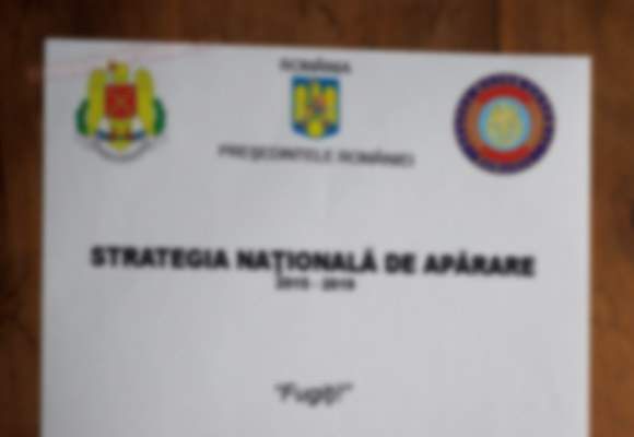 Poza zilei! Primele imagini cu Strategia Naţională de Apărare pe 2015