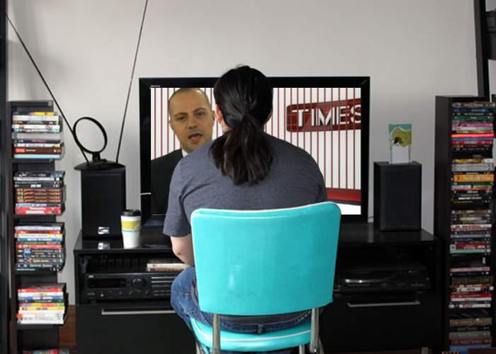 Studiu românesc: diagonala televizorului creşte semnificativ dacă stai mai aproape de ecran