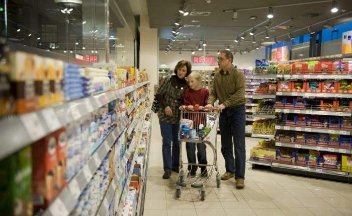 Zece diferenţe majore între produsele vândute în Occident şi România;
