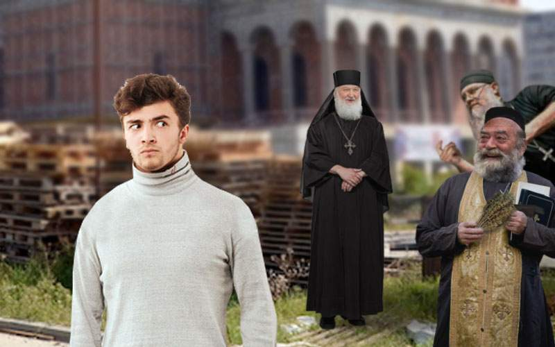 Boboci de la Teologie, fluieraţi de nişte golani în sutană la şantierul Catedralei