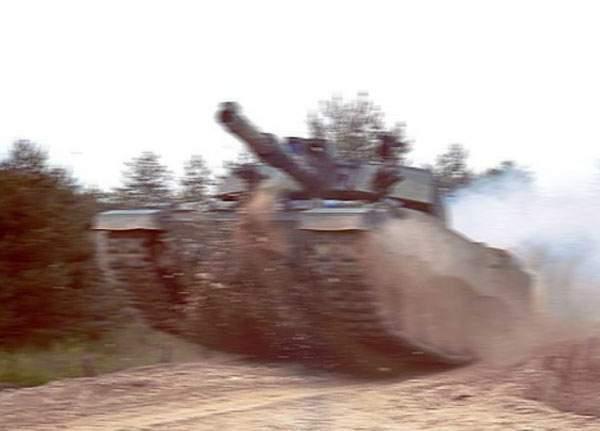 Nu ne mai temem! Cel mai nou tanc românesc, atât de rapid încât poate fugi de orice adversar