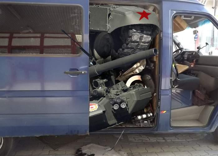 Un rus a fost prins la graniță în timp ce încerca să intre în țară cu un tanc dezmembrat în dubă
