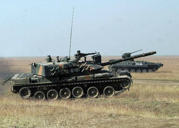 tancuri de asalt.jpg