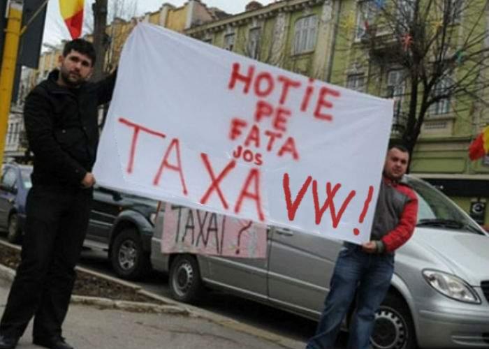 Efectele scandalului emisiilor. Ai Volkswagen? Plăteşti retroactiv o taxă suplimentară de poluare!