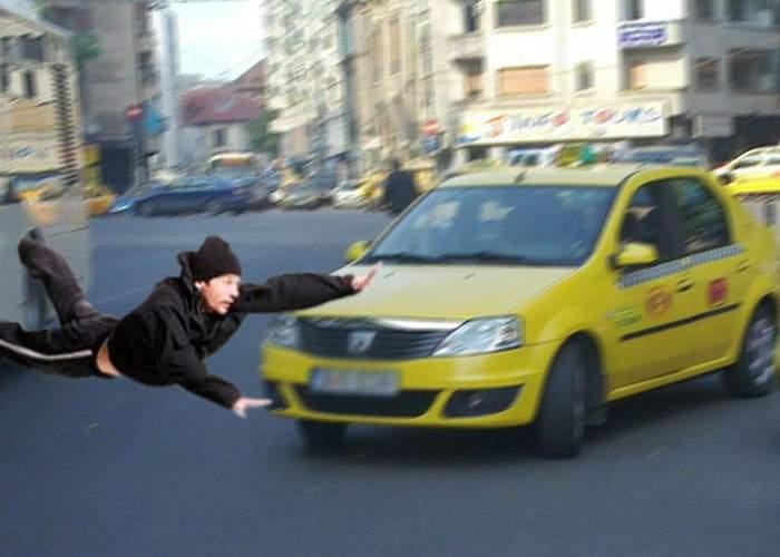 De când Firea a interzis Star Taxi şi Clever, singura metodă să obţii un taxi e să te arunci în faţa lui