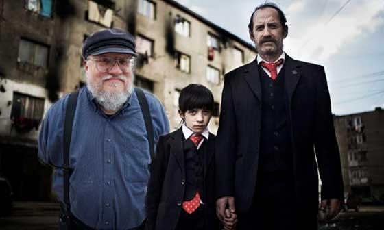 """George RR Martin spune că în episodul 3 din """"Romanians are coming"""" va muri un personaj îndrăgit"""