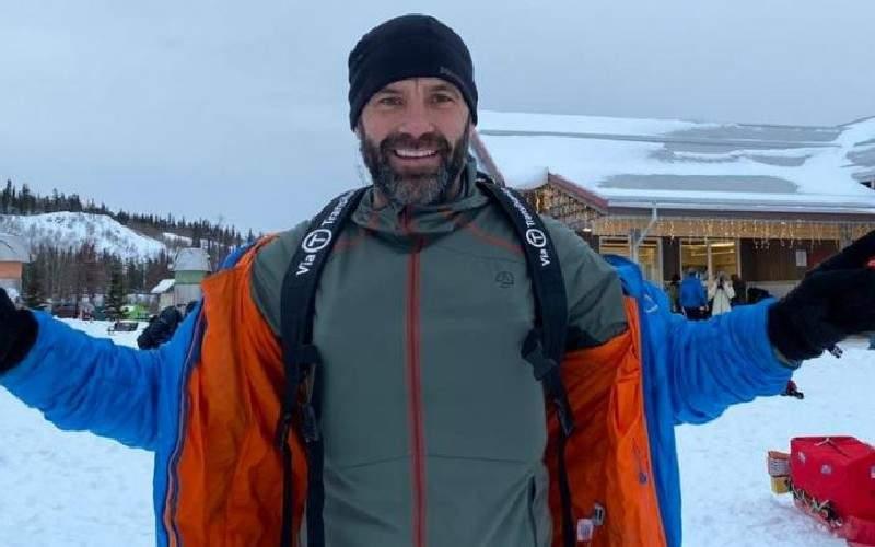 """Tibi Uşeriu, întâmpinat de toate rudele la întoarcerea de la Polul Nord: """"Ce ne-ai adus?"""""""