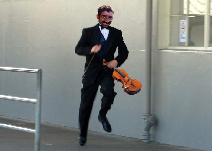 Cel mai rapid violonist din lume, detronat de un țigan care i-a furat vioara și a fugit cu ea