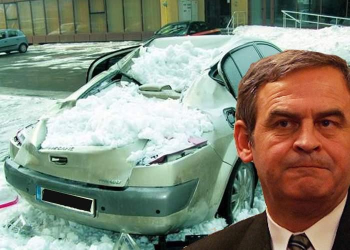 Laszlo Tokes e totuşi îndrăgit de oameni: Vecinii i-au deszăpezit maşina cu ciocanul!