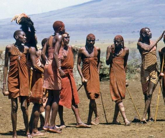 Un trib de canibali din Africa a adoptat un meniu pe bază de vegetarieni