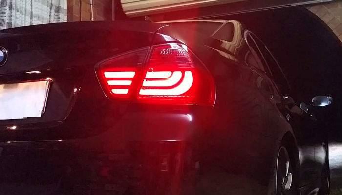 Tuning extrem la BMW. Un român i-a pus semnalizare pentru ambele direcţii
