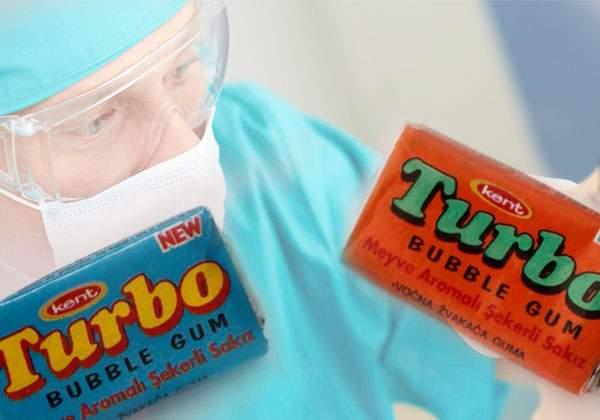 Mii de dentişti români, scoşi din faliment de când guma Turbo a reapărut pe rafturi