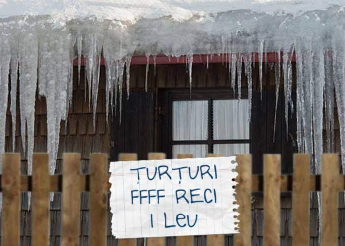 """Ingenios. Un român a pus anunţ pe poartă: """"Vând ţurţuri"""" şi peste noapte i s-au furat toţi"""