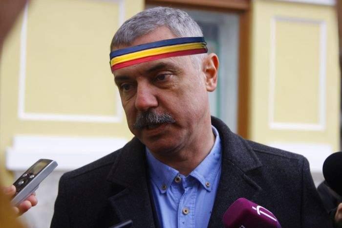 Gafă uluitoare în Târgu Secuiesc! Primarul a uitat să arboreze steagul negru de doliu pe primărie