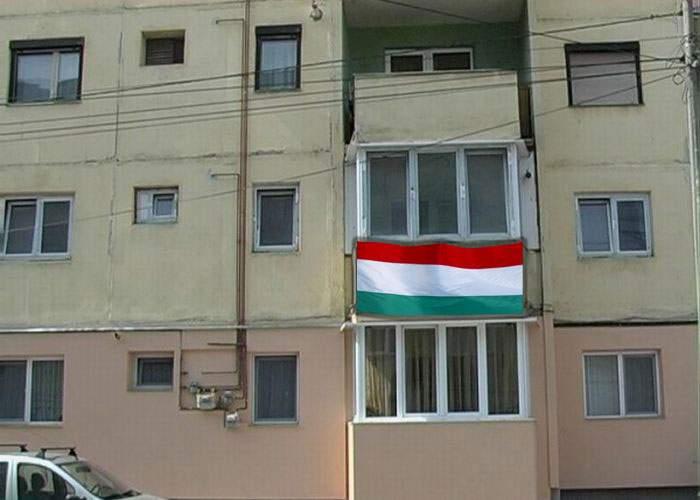 O familie majoritar maghiară cere autonomie pentru apartamentul propriu