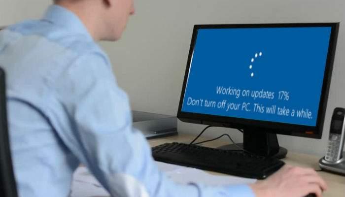 Deranjat de update-urile lungi de Windows? Cu cât te uiţi la mai mult porno, cu atât durează mai mult