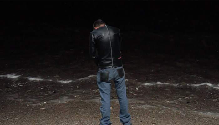 Campionul din Vamă! Un bucureștean se laudă că noaptea se pișă de la malul mării până la geamandură