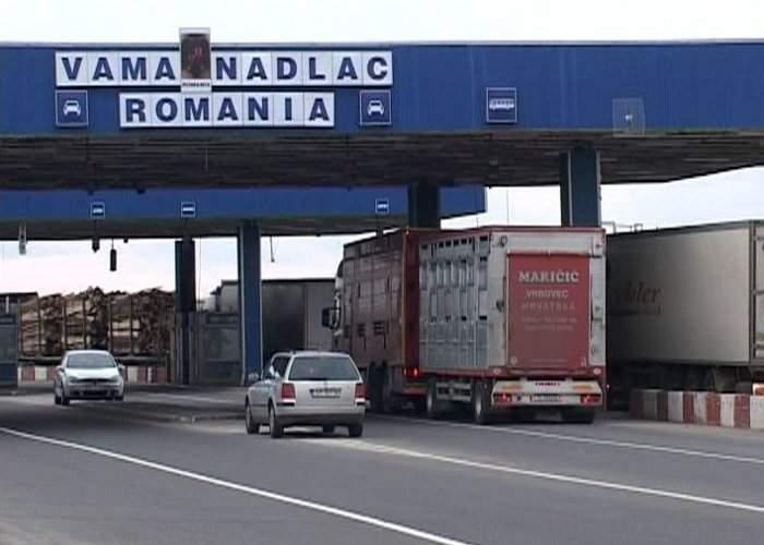 Un ungur ce încerca să scoată peste graniţă doi saci cu pământ românesc, prins la Nădlac