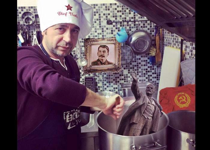 30 de români, internaţi cu simptome de comunism după ce au mâncat ciorbe gătite de Vasile Ernu