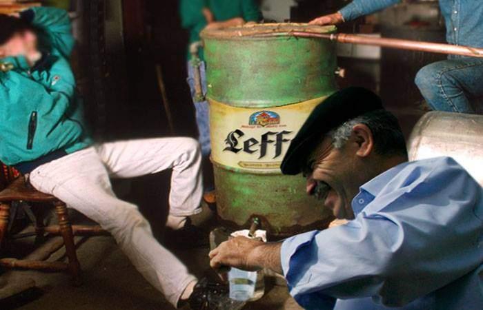 Solidaritate vasluiană! Proprietarul unui birt din județ a făcut ţuică din bere belgiană