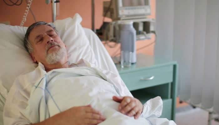 Caz grav de insomnie, vindecat miraculos. Pacientul a fost pus într-o rezervă unde nu se mai aude muzica de nuntă