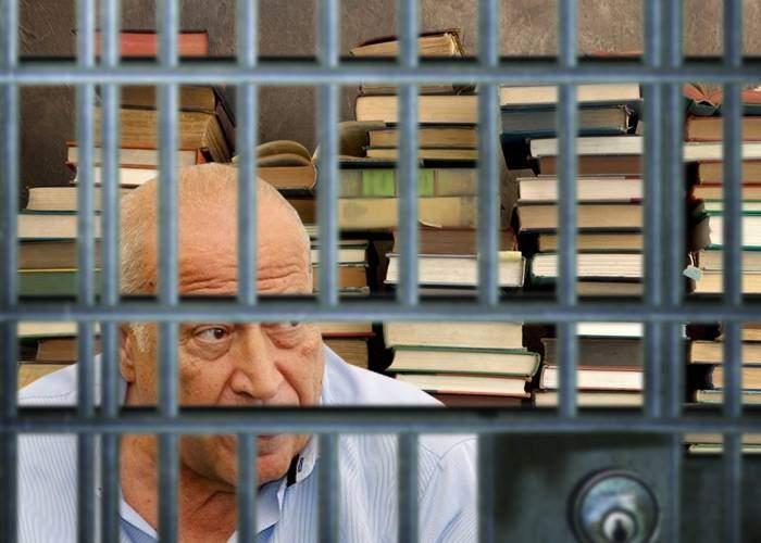 Voiculescu a cerut mutarea într-o celulă mai mare, că nu mai are loc de cărțile pe care le-a scris
