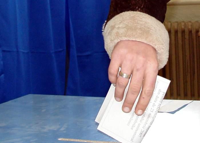 Pentru a boicota referendumul, la Ambasada României din Paris se va vota doar o dată pe minut