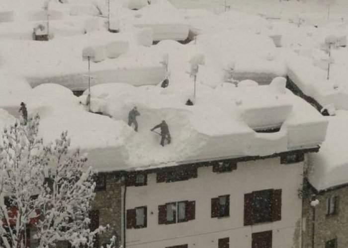 Statisticile mint! În Buzău a nins mult mai mult, dar s-a furat zăpada!