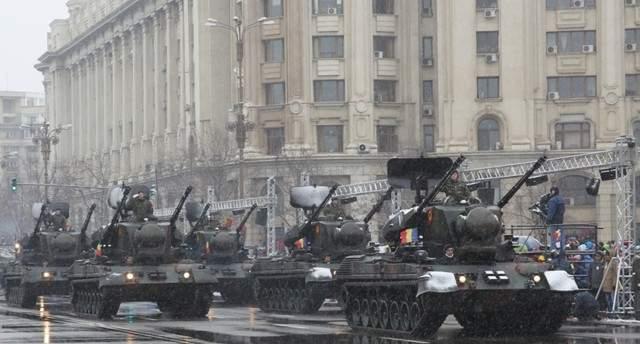 """Ziua Naţională va fi mutată pe 29 februarie: """"Falsul patriotism ne ajunge pentru patru ani"""""""