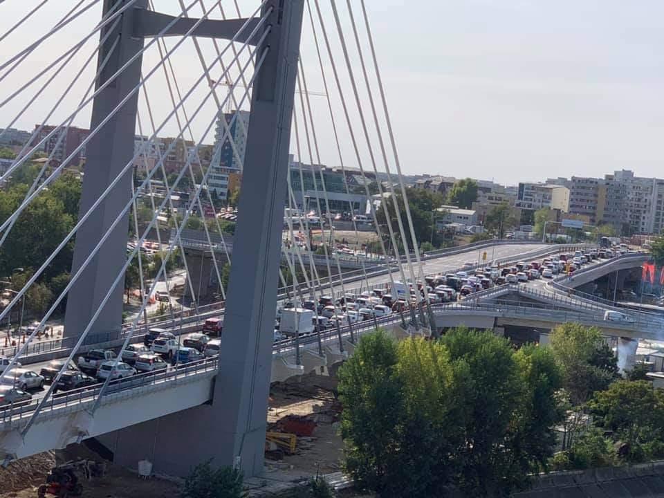 Firea pune capăt blocajelor în trafic! Va demola Podul Ciurel