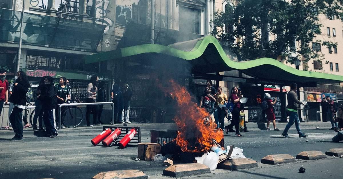 Insultă! Un restaurant a fost incendiat de clienţi după ce le-a servit micii feliaţi