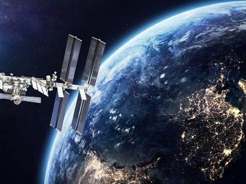 NASA roagă farmaciile din București să mai stingă luminile noaptea