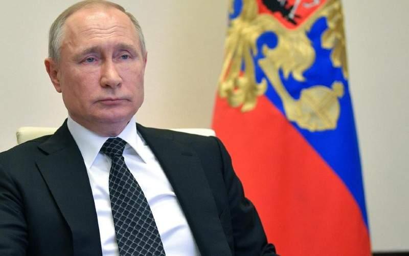 Şah mat, Putin! Un jurnalist l-a criticat dintr-o clădire fără geamuri
