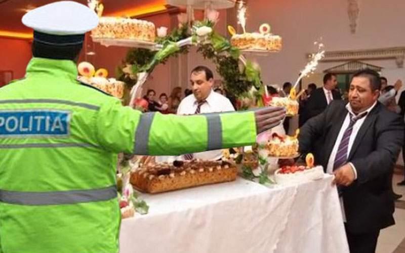 Poliția a întrerupt o nuntă de interlopi, ca să aducă tortul