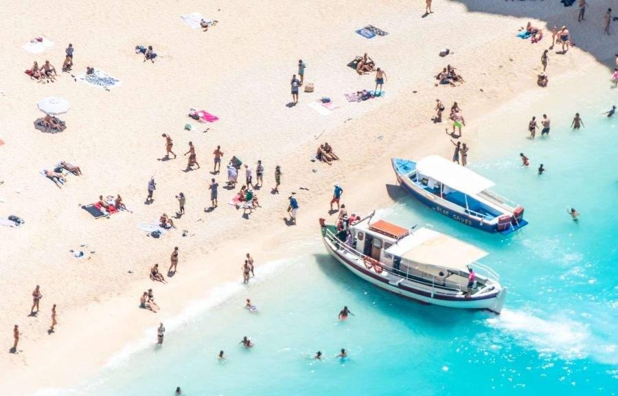 16 motive pentru care e mai bine să-ți faci vacanța la greci sau la bulgari
