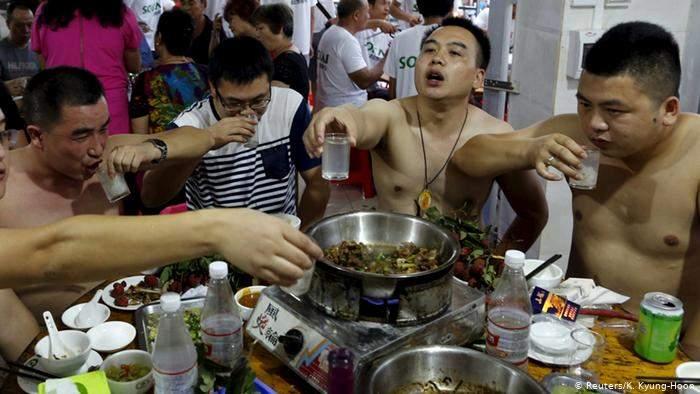 Vietnamezii din Timișoara au mâncat câinii care au mâncat cangurii de la zoo