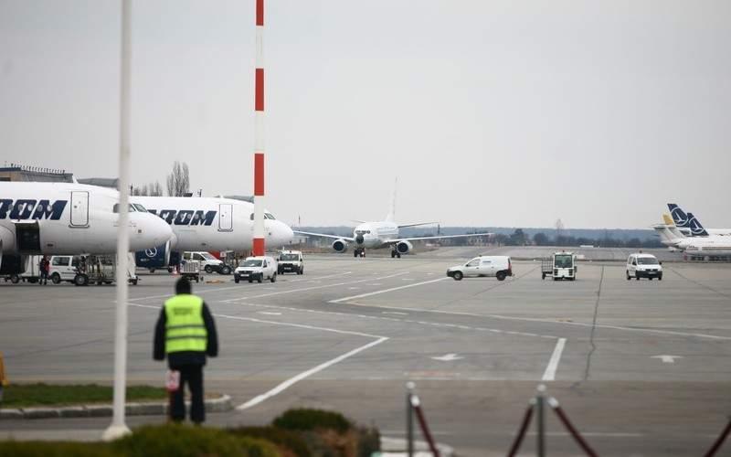 Germania suspendă zborurile din România, că s-a terminat de cules sparanghelul