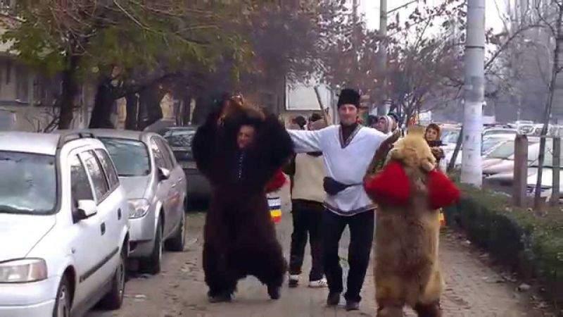 Se dă drumul la colindători pe stradă de la 1 noiembrie, ca să stea lumea în case
