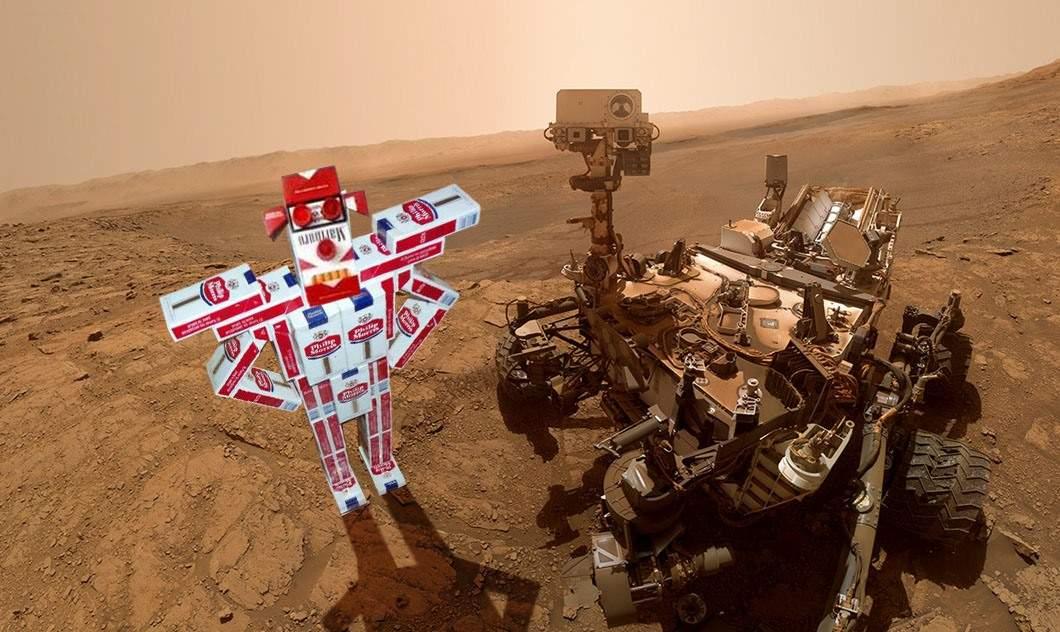 Savanții români au trimis pe Marte un robot din pachete de țigări