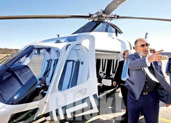 Ţiriac le recomandă românilor care se plâng de trafic să mai ia şi ei elicopterul