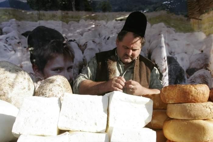 Carantină totală la Sibiu! Poţi ieşi doar dacă dovedeşti că ai o tarabă cu brânză undeva