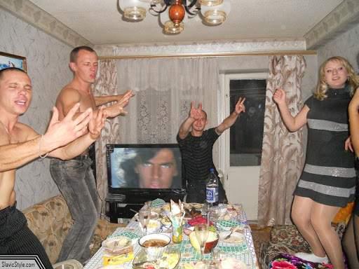 Chef monstru în garsoniera din Galați unde au domiciliu 30.000 de moldoveni