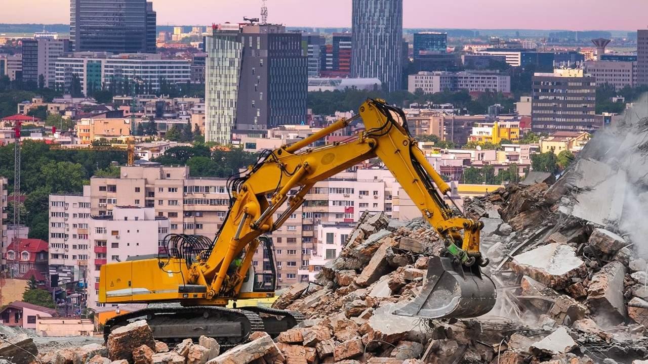 Așa da! Bucureștiul va fi carantinat, demolat și reconstruit de la zero