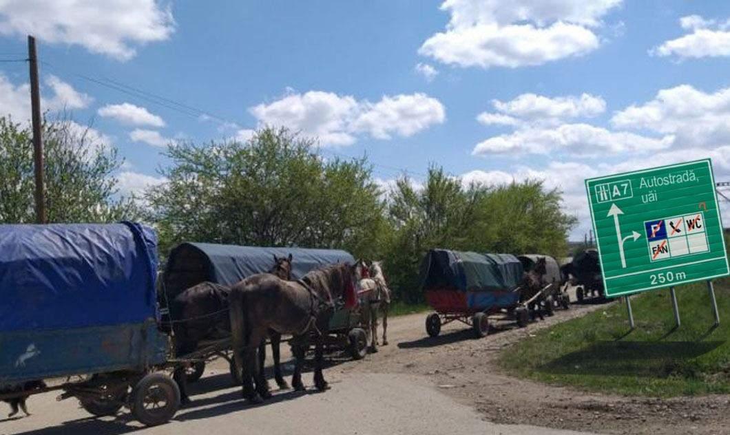 Autostrada din Moldova, gândită prost. N-are parcări de căruțe și nici stații cu fân