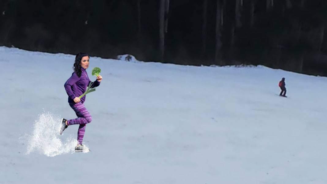 Turiști fugăriți de Olivia Steer, care încerca să-i convingă să nu se vaccineze